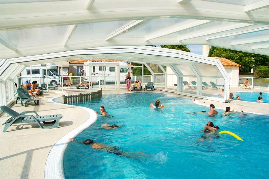 Camping la rochelle piscine couverte camping ile de re - Camping la rochelle piscine ...